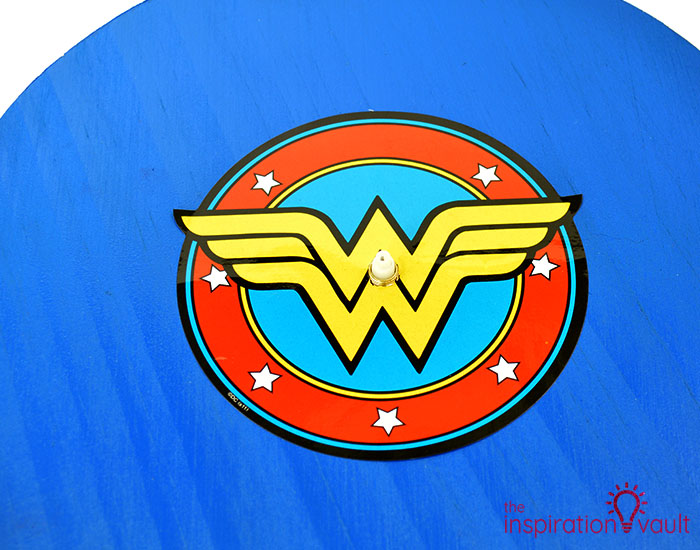 DIY Wonder Woman Superhero Clock Step 8