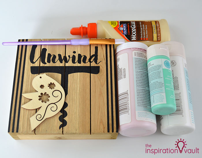 Upcycled Wood Sign for Spring Materials