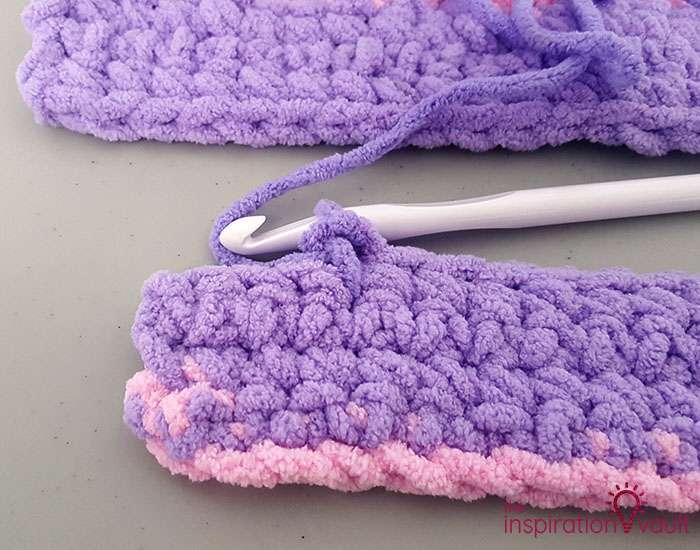 Self-Striping Blanket Yarn No Set Row Length