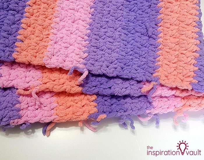 Self-Striping Blanket Yarn So Many Knots