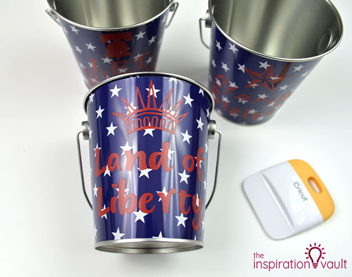 Customized Patriotic Metal Pails Step 4