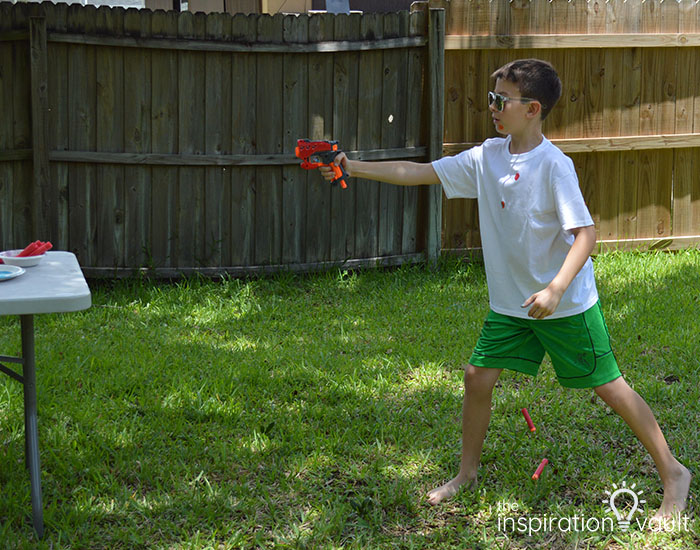 Nerf Battle Splatter Paint T-shirts Step 4c