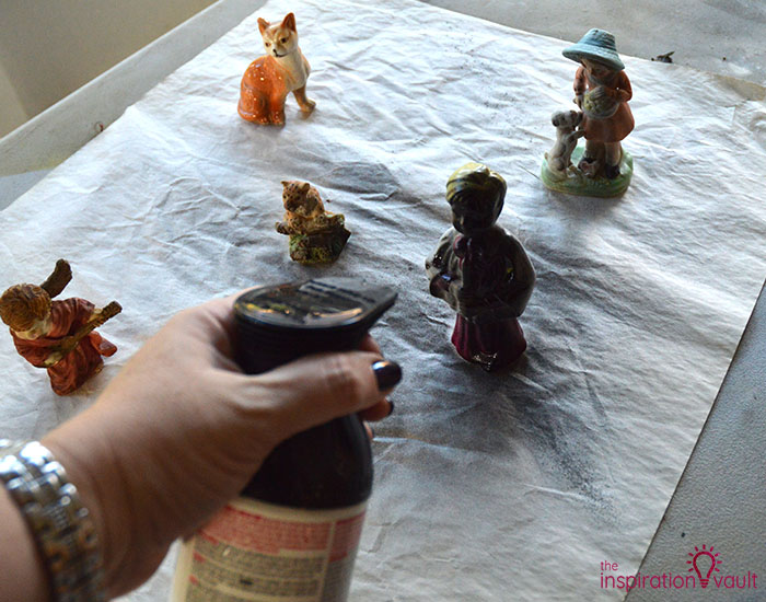 Creepy DIY Halloween Figurines Step 2a