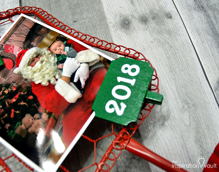 Santa & Me Chicken Wire Frame Step 8b