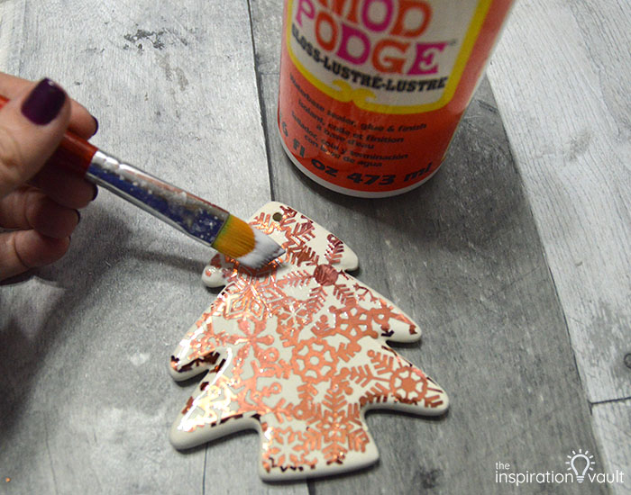 Add Copper Accents to Ceramic Ornaments Step 9