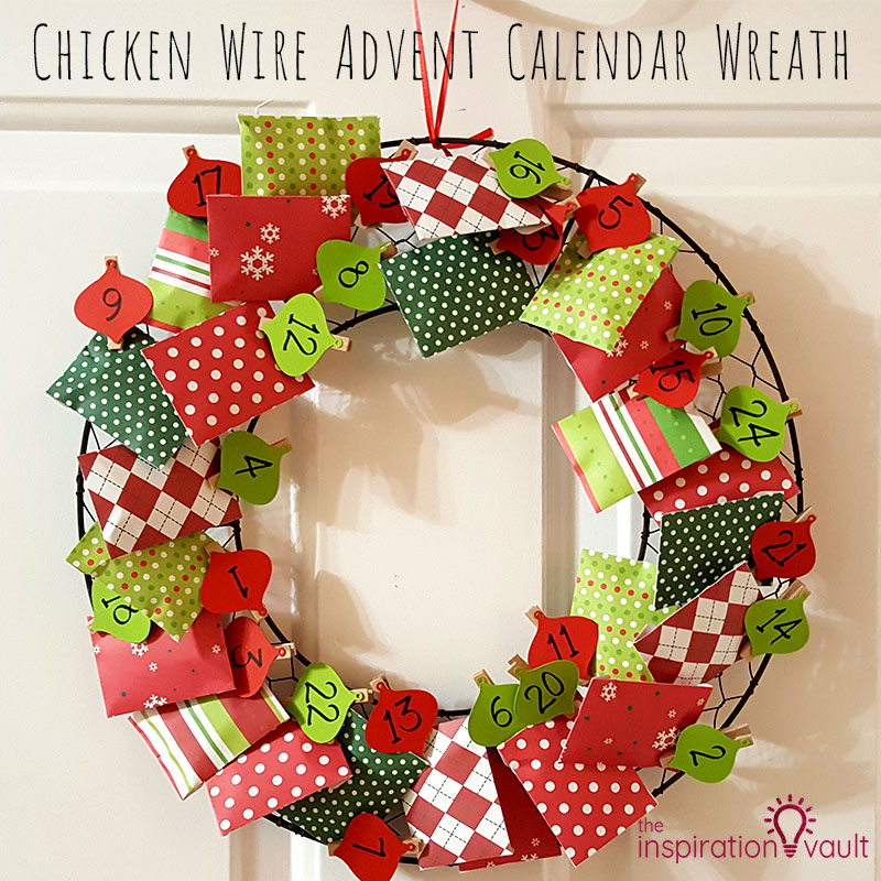 Chicken Wire Advent Calendar Wreath Feature