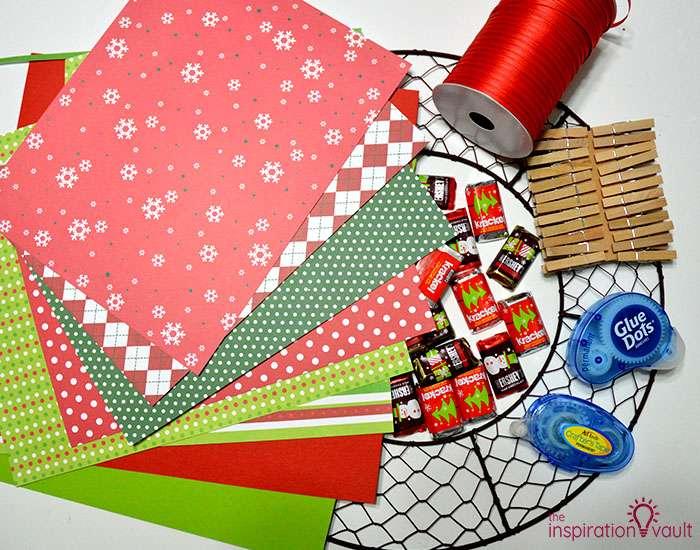 Chicken Wire Advent Calendar Wreath Materials
