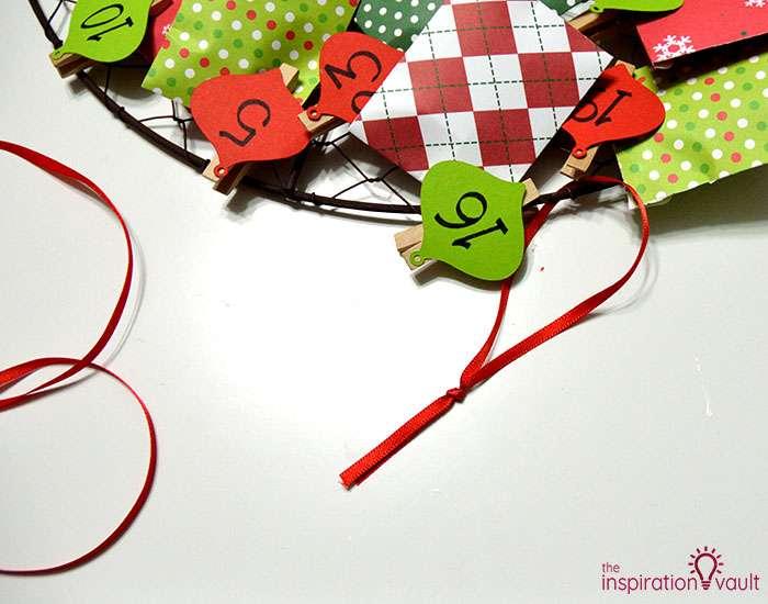 Chicken Wire Advent Calendar Wreath Step 10