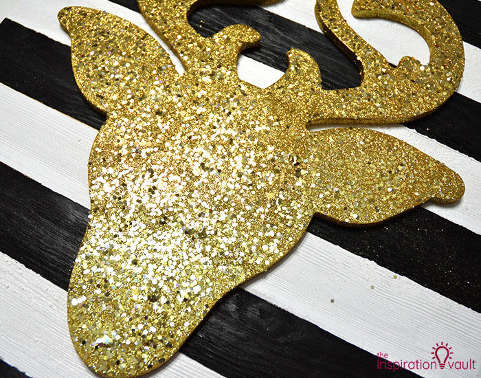 DIY Glittered Deer Head Wood Sign Step 6b