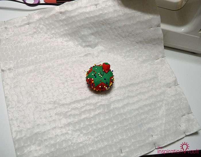 DIY Velvet Eyelash Pillow Step 9