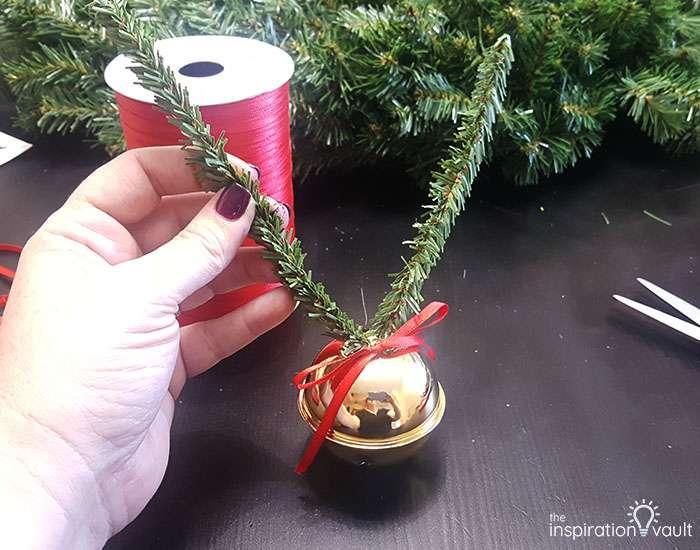 Getting Ready for Christmas Countdown Wreath Step 6b
