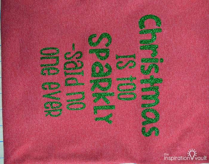 Make Christmas T-shirts with Cricut Complete