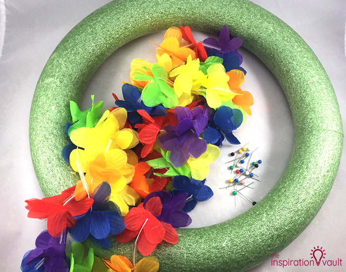 Hawaiian Lei Wreath Materials