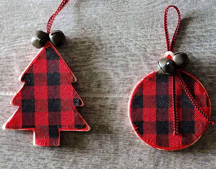 Easy Buffalo Check Christmas Ornaments Completed