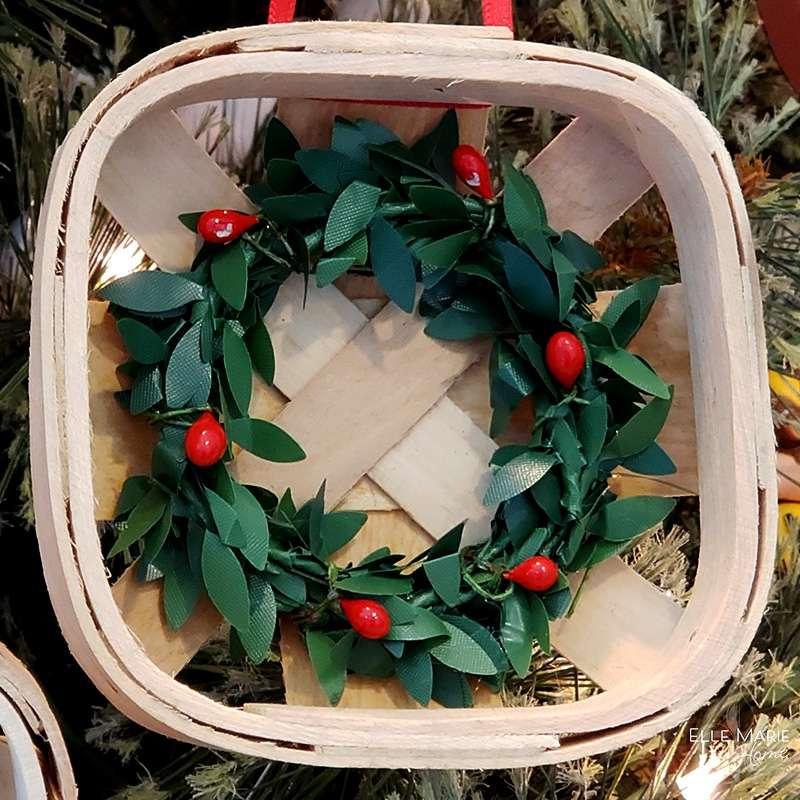 Mini Tobacco Basket Christmas Ornaments Close Boxwood