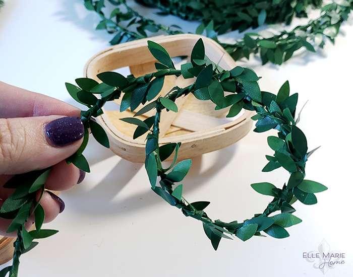 Mini Tobacco Basket Christmas Ornaments Step 1b