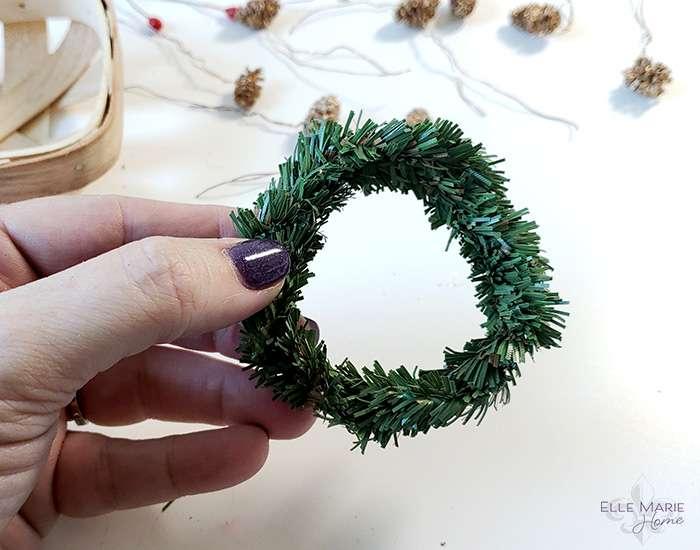 Mini Tobacco Basket Christmas Ornaments Step 3b