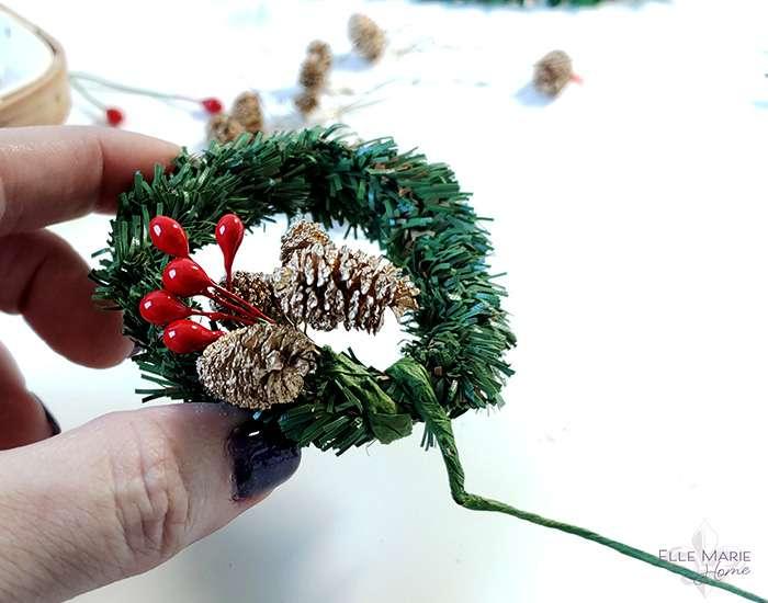 Mini Tobacco Basket Christmas Ornaments Step 4a