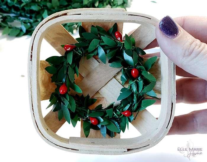 Mini Tobacco Basket Christmas Ornaments Step 5b