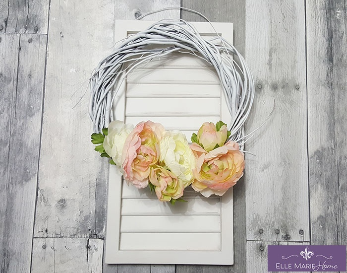 Mini Shabby Chic Shutter with Wreath Accent Complete New
