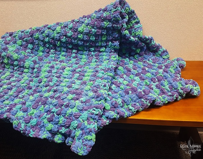 Quick Berry Stitch Crochet Blanket 1