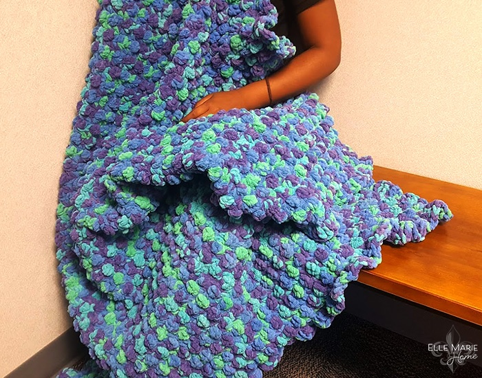 Quick Berry Stitch Crochet Blanket 3