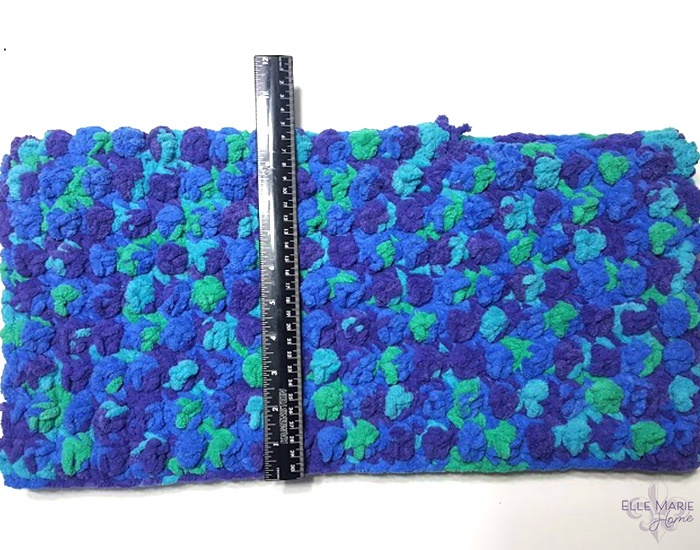 Quick Berry Stitch Crochet Blanket Measure