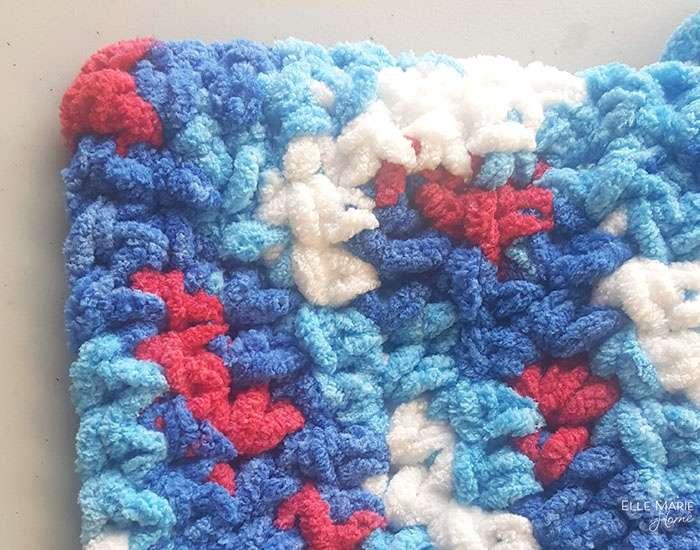 Close up on half double crochet border.