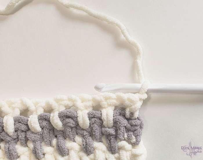 Linen Stitch Crochet Blanket row 5